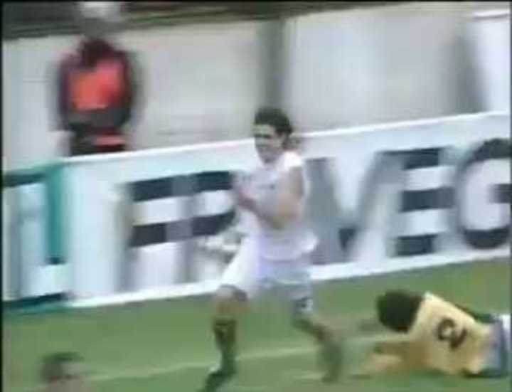Gol de Miralles para que Defensa se salve del descenso en 2005