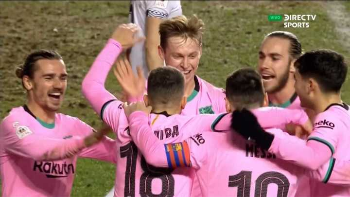 Barcelona venció al Rayo Vallecano por 2 a 1