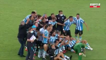Racing festejó al final