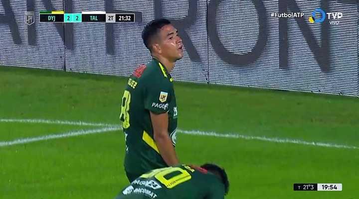 Juan Rodríguez metió en contra el 2 a 2 para Talleres