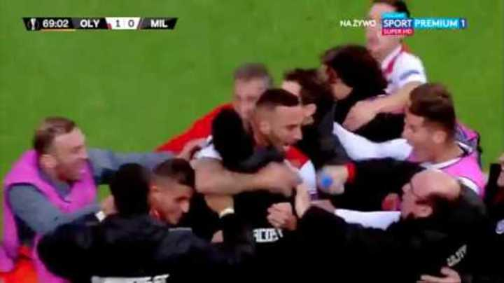 El Olympiacos eliminó al Milan