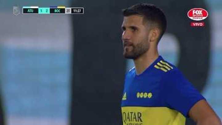 Gol en contra de Lisandro López