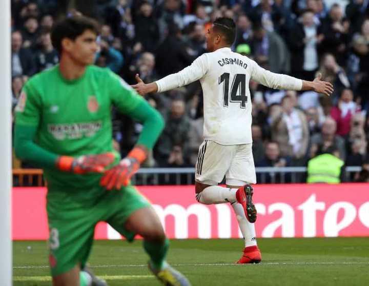 De cabeza, Casemiro puso el 1-0 para Real Madrid sobre Girona