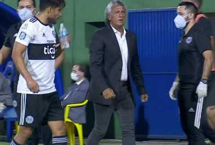 En el debut de Gorosito en Olimpia, Pipo no pudo conseguir más que un 2-2 ante Sportivo Luqueño