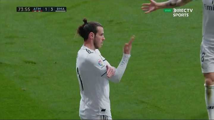 El corte de manga de Bale contra los hinchas del Atlético