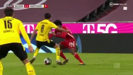 El hat-trick de Lewandowski para el triunfo del Bayern ante el Dortmund