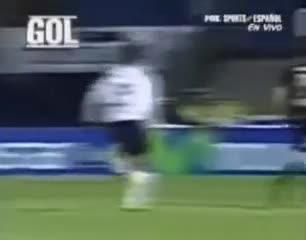 Pase del Muñeco, gol de Pipita