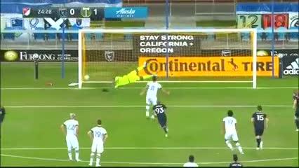 Valeri puso el 1-0 de penal