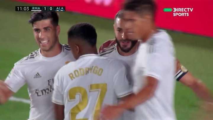 Benzema marcó de penal
