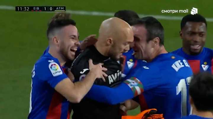 Gol del arquero al Atlético