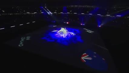 La bandera argentina presente en el arranque de la ceremonia inaugural