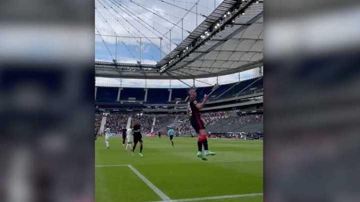 El primer gol de Rafa Borré en el Eintracht Frankfurt
