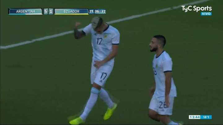 Golazo de Nico Domínguez para estirar la goleada