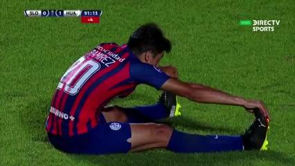 El palo le quitó el empate a San Lorenzo
