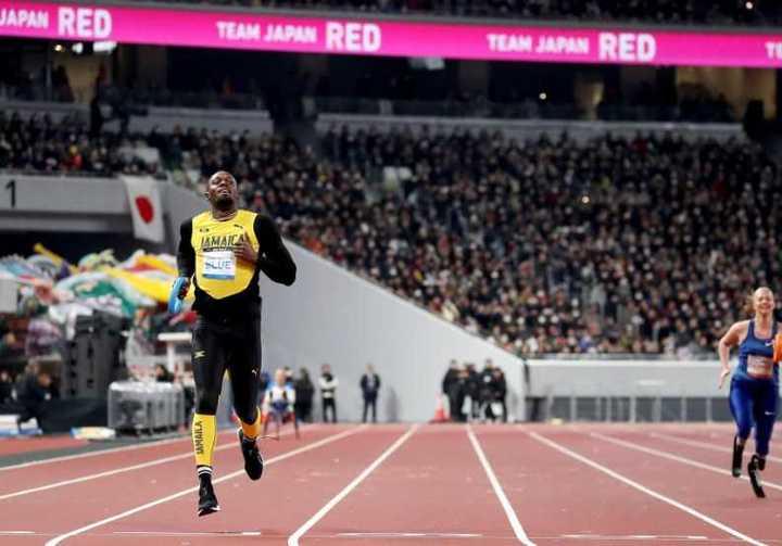 Usain Bolt estrenó el estadio Olímpico de Tokio