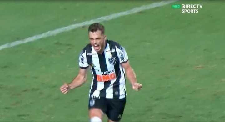 El segundo de Atlético Mineiro llegó de penal
