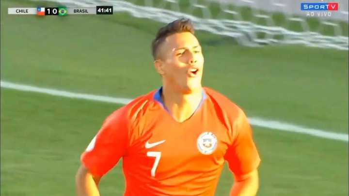 El gol del 1-0 de Chile a Brasil