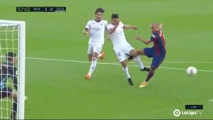 Un gol digno de papi fútbol del Barsa