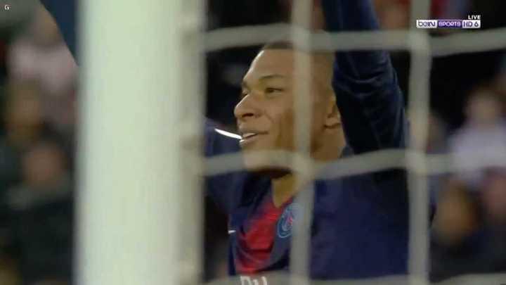 El PSG goleó a Nimes con dos goles de Mbappé