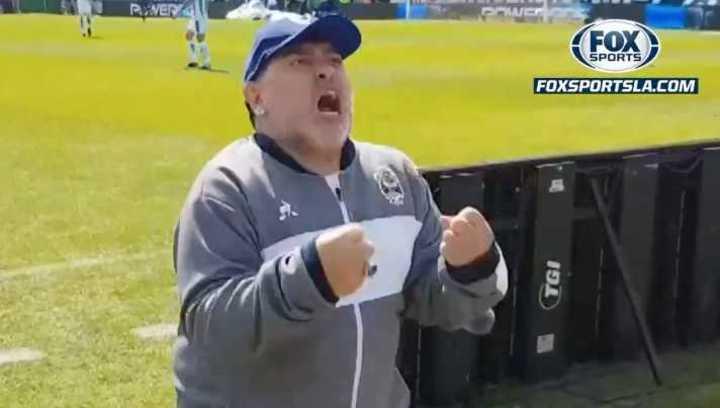 El festejo de Diego en el gol de Gimnasia
