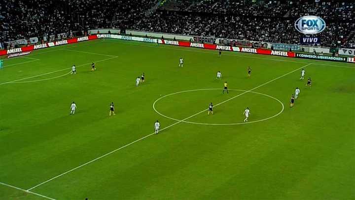 El gol anulado a Salvio por offside de Wanchope