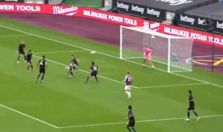 Tremenda pirueta de Antonio para el 1-0 del West Ham sobre el City