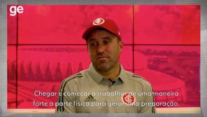 Coudet habló de Thiago Galhardo, su figura