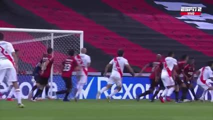 Paulo Díaz lo empató para River