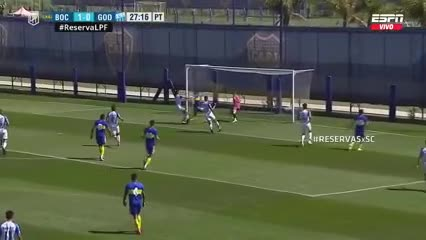 El gol de Javier Morales para poner el 2-0 de Boca