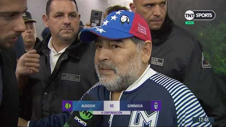 Diego Maradona confirmó que seguirá en Gimnasia