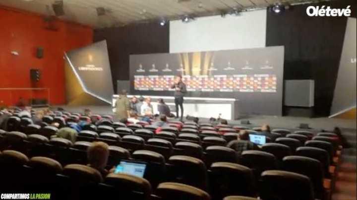La sala de prensa donde habló Guillermo