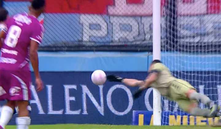 La duda del córner que generó el segundo gol de Arsenal