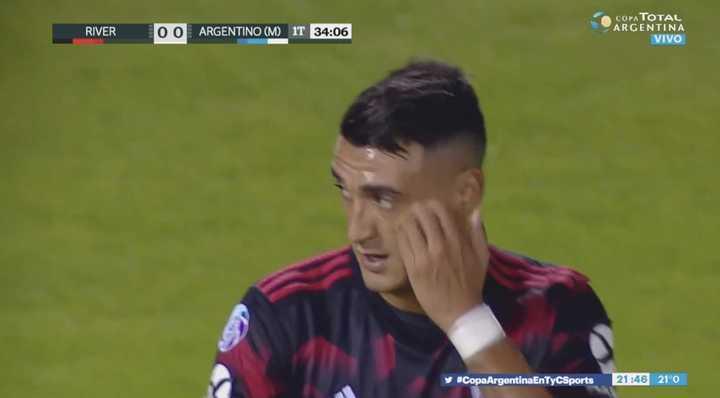 Matías Suárez se perdió el primero de River