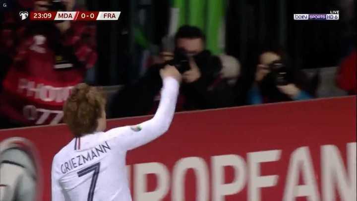 Francia le ganó 4 a 1 a Moldavia