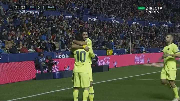 Gol de Suárez con asistencia de Lionel