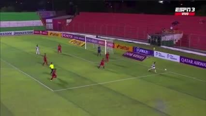 Herrera por dos, el nombre del gol en el Rojo