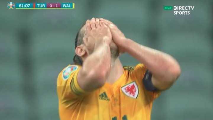 El penal errado por Bale y el rebote que casi entra