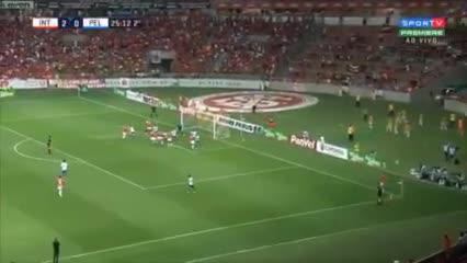 Los goles de D'Alessandro y Paolo Guerrero
