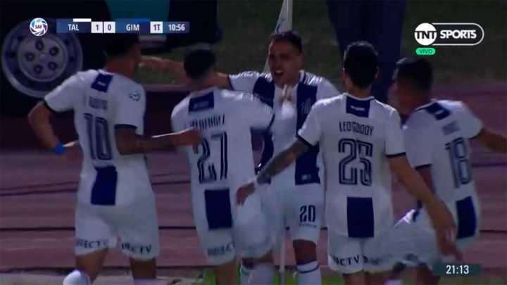 Menéndez abrió el marcador para Talleres