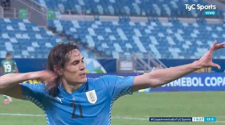 Cavani marcó el 2 a 0 de Uruguay