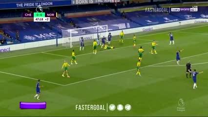 Gol de Giroud de palomita para el Chelsea