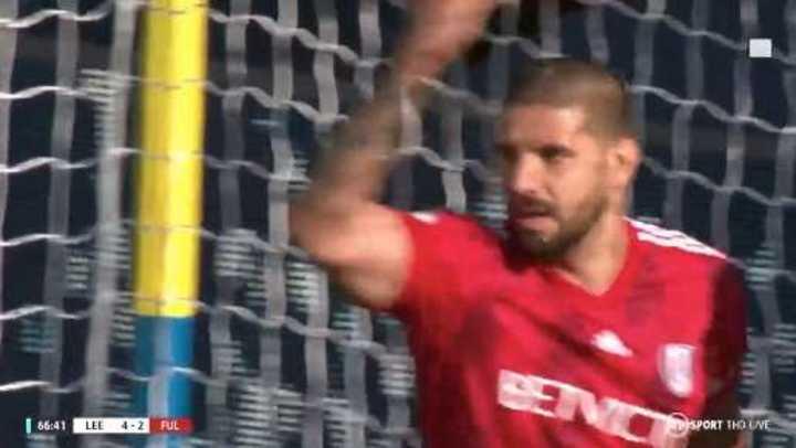 Fulham se puso 4 a 3 con gol de Mitrovic