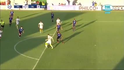 Lucero liquidó el partido para el Halcón