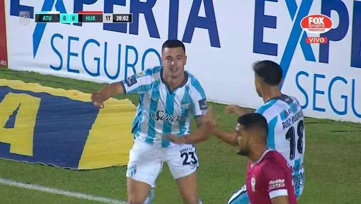 Gol de Carrera para Atlético Tucumán