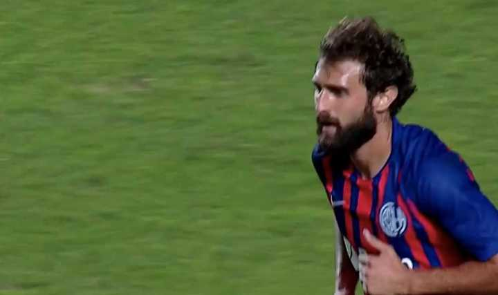 Peruzzi tuvo otra chance de gol
