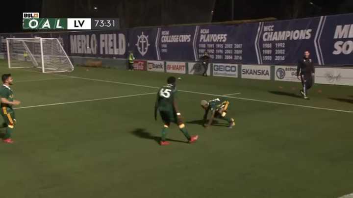 Dairon Asprilla clavó un golazo de chilena en el USL yanqui