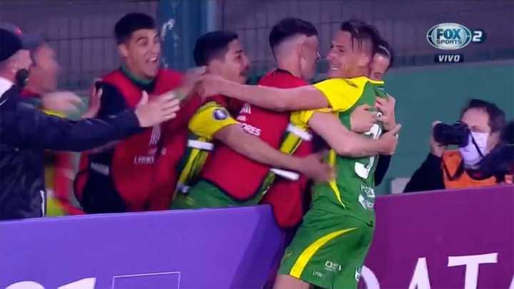 Romero puso el segundo de Defensa