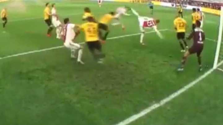 De cabeza, Tagliafico volvió al gol en Holanda