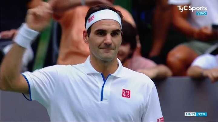 Federer pidió el aliento del público