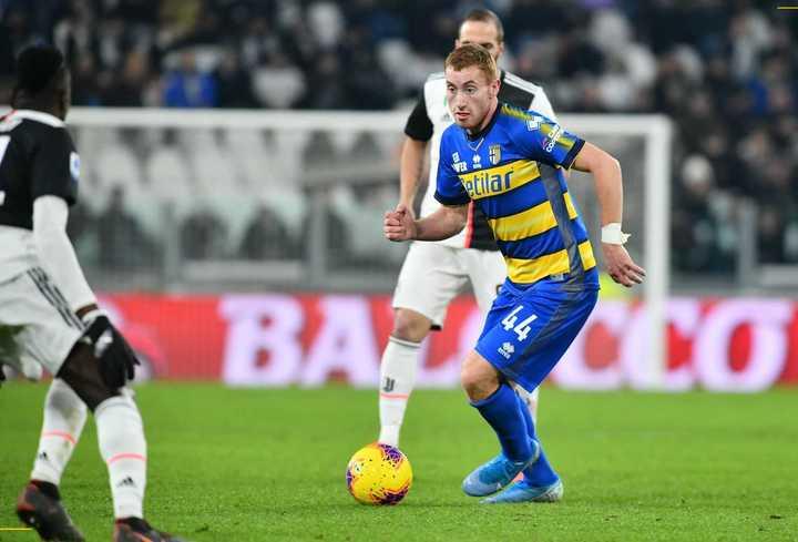 Golazo de Kulusevski jugando en Parma.